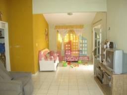Vende-se casa no bairro Barrocas - KM IMÓVEIS