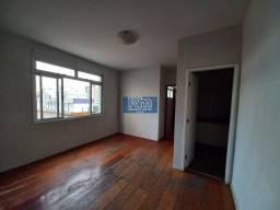 Título do anúncio: RM Imóveis vende excelente apartamento no Coração do Caiçara!