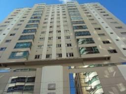 Locação Anual - Apartamento 4 dormitórios mobiliado e 3 vagas no Bairro Pioneiros