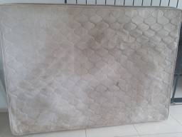 Limpeza profissional de colchões e sofás