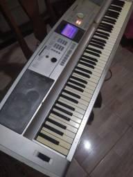 Título do anúncio: Vendo teclado piano Dgx 505