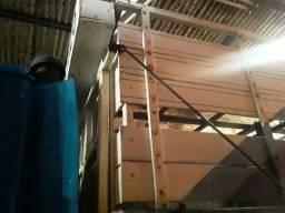 Cabine para caminhão boiadeiro