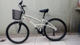 Bicicleta Aro 26 Caloi 500 Confort com Cestinha