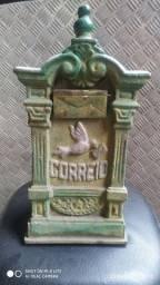 Caixa de correio ferro antiga