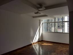 Título do anúncio: Apartamento para aluguel com 100 metros quadrados com 3 quartos em Icaraí - Niterói - RJ