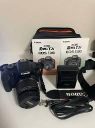 Câmera Canon T2i + lente 18-55mm + bolsa + cartão de memória