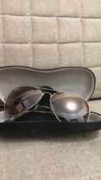 Título do anúncio: vendo óculos Ray ban original