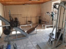 Equipamentos para academia de musculação ou estúdio personal