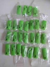 Kit com 25 leitores de cartão de memória em formato pendrive