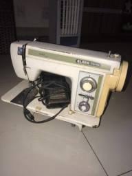 Máquina de costura Elgin Zig Zag super