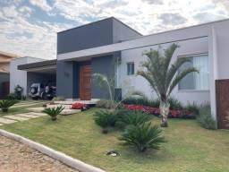 Título do anúncio: Casa térrea em Condominio Tiradentes