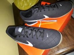 Chuteira Nike - n°40