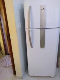 Vendo geladeira continental 480 litros frost free