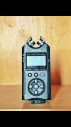 Gravador TASCAM DR-40 (SD 8GB e cabo)