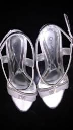Sandália prata crysalis