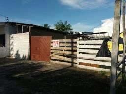 Aluga-se um terreno em Manacapuru, no centro