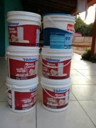 Vendo baldes de tinta(vazios) 18L
