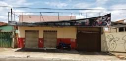 Galpão/sala comercial + barracão 3 quartos