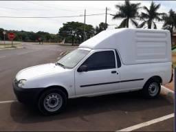 Ford Courier 1.6L Flex 2010 com baú - 2010