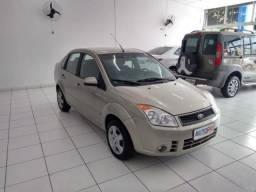 Fiesta Sedan. 1.6 8V Flex 4p - 2008