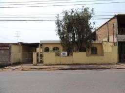 Casa Residencial para aluguel, 3 quartos, 1 vaga, Alvorada - Divinópolis/MG