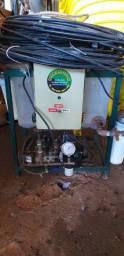 Aspersor de Água Hidromotor, 220V, com mangueira e bicos de pressão