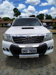 Hilux SRV AUT 4x4 14/15 Sem controle de estabilidade - 2015
