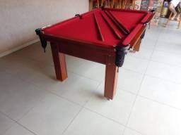 Mesa Tentação Quatro Pés Cor Imbuia Tecido Vermelho Mod. RHZA8030
