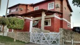 Excelente casa com dois pavimentos em Gravatá