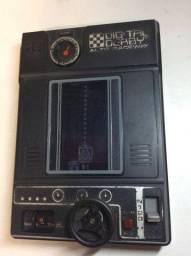 Game portátil antigo década 70 tomy digital