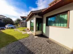 Casa para aluguel anual com 5 suítes à poucos metros da Praia de Geribá