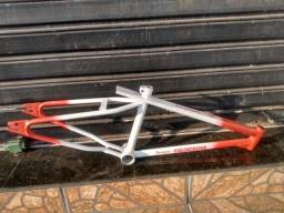 Título do anúncio: Quadro freestyle (bicicleta)