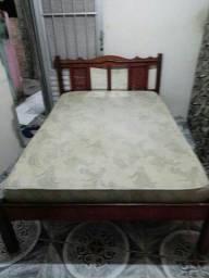 cama de madeira Boa mais colchão