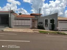 Casa à venda, 2 quartos, 1 suíte, Parque Residencial Rita Vieira - Campo Grande/MS
