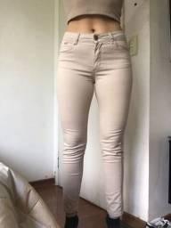 Título do anúncio: calça jeans bege da renner tamanho 38