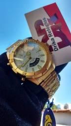 Título do anúncio: Relógio atlantis visor branco skydiver