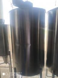 Título do anúncio: Tanque aço inox 304 volume 500 litros, com moto redutor 0,5 CV