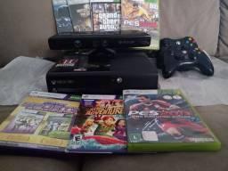 Xbox 360 com jogos originais