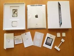 Título do anúncio: Tablet IPad Wi-fi 3G 32GB + kit adaptadores