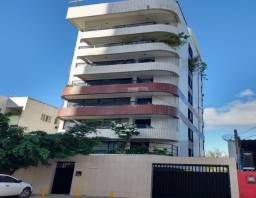 1721 - Apartamento - 03 Qts/01 Suíte - 185 m² - 02 Vagas - Piscina - Candeias