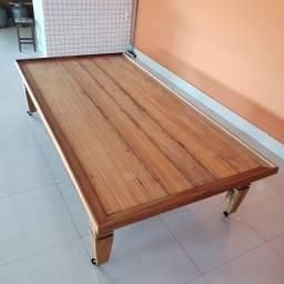 Mesa para empório em madeira maciça demolição 2,5 metros comprimento por 1,30 largura