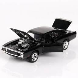 Dodge Charger modelo carro do brinquedo de metal