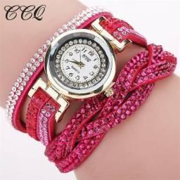 Lindos relógios feminino pulseira de couro com strass