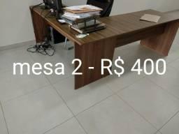 3 mesas em L, 2 cadeiras