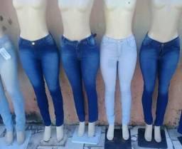 Calças jeans somente a vista 38,00$