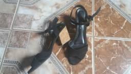 Sandália salto baixo (5cm) tam 36