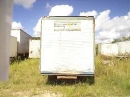 Baú para caminhão no toco - 2005