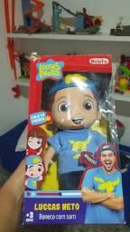 Boneco do Lucas Neto (original)