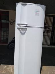 Vendo geladeira gelo seco