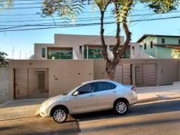 Cod:2438 Casa independente, 3 quartos, área privativa, 2 vagas, bairro Santa Amélia